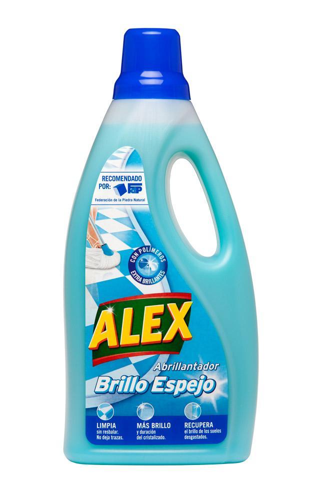 Limpia las superficies sin dejar trazas ni resbalar consiguiendo un brillo más intenso y duradero.